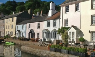 Berry Cottage - Holiday Cottage on the Quay in Dittisham